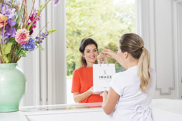 IMAGE-Experience-beautysalon-producten-kopen-haarlem