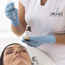 THE-MAX-Facial-gezichtsbehandeling